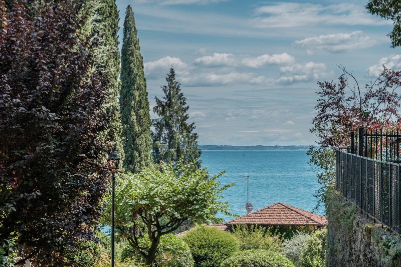 Appartamento in affitto a Gardone Riviera, 2 locali, prezzo € 2.900 | PortaleAgenzieImmobiliari.it