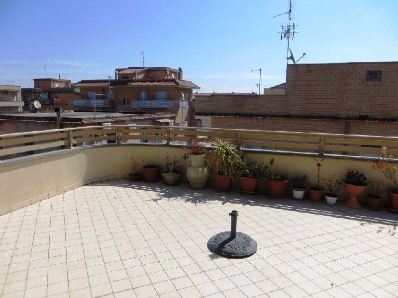 Attico / Mansarda in vendita a Fiumicino, 5 locali, zona a Sacra, prezzo € 239.000   PortaleAgenzieImmobiliari.it