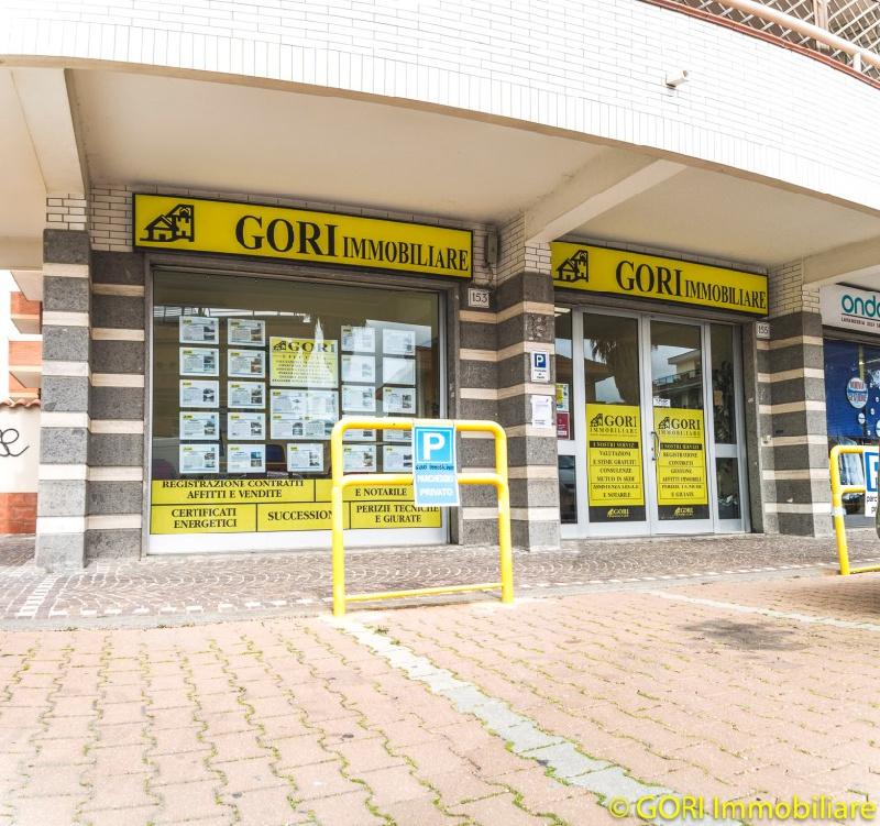 Negozio / Locale in vendita a Fiumicino, 2 locali, zona Zona: Isola Sacra, prezzo € 179.000   CambioCasa.it
