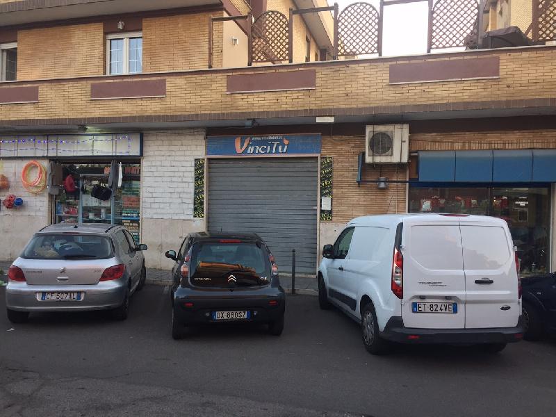 Immobile Commerciale in vendita a Fiumicino, 2 locali, zona Zona: Isola Sacra, prezzo € 89.000   CambioCasa.it