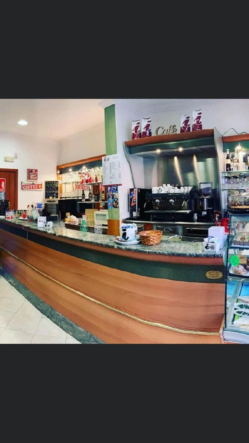 Bar in vendita a Fiumicino, 1 locali, zona Zona: Isola Sacra, prezzo € 19.000   CambioCasa.it