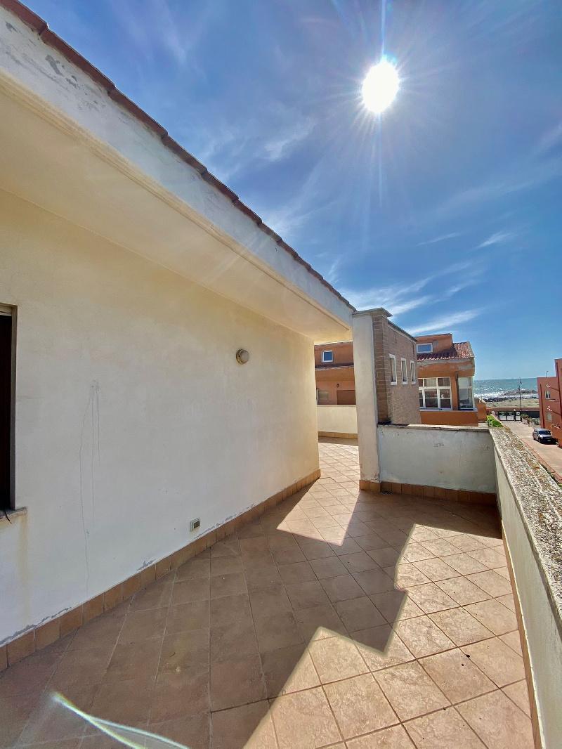 Attico / Mansarda in vendita a Fiumicino, 2 locali, zona a Sacra, prezzo € 165.000   PortaleAgenzieImmobiliari.it
