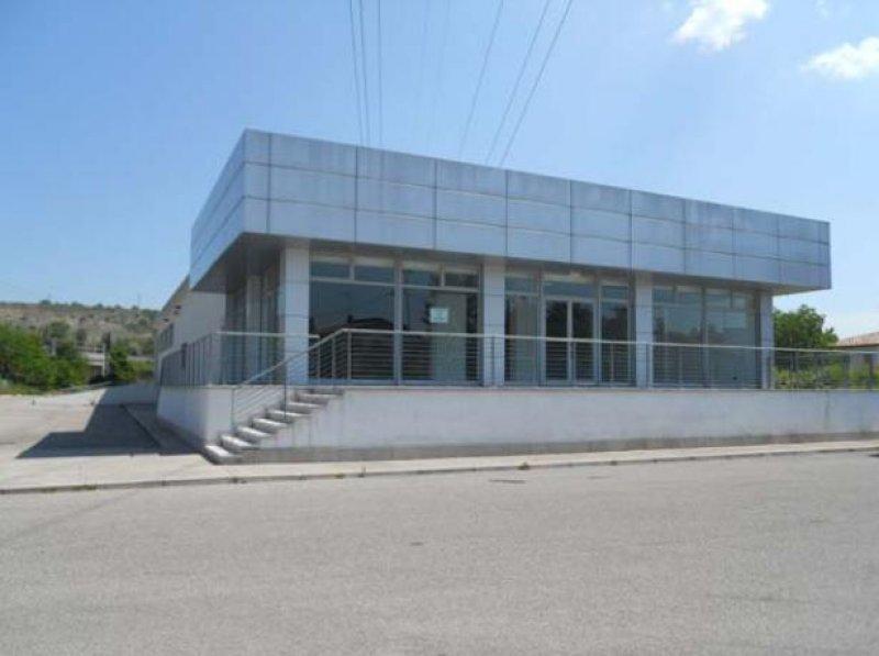 Immobile Commerciale in vendita a Ronchi dei Legionari, 5 locali, prezzo € 746.000 | CambioCasa.it