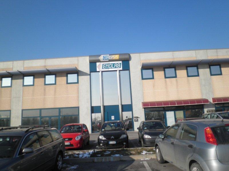 Laboratorio in vendita a Tribano, 12 locali, prezzo € 1.122.000   CambioCasa.it