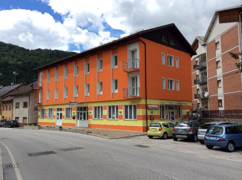 Albergo in vendita a Pontebba, 31 locali, prezzo € 1.239.000 | CambioCasa.it