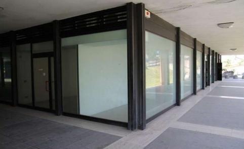 Negozio / Locale in vendita a Monselice, 9999 locali, prezzo € 110.000   CambioCasa.it