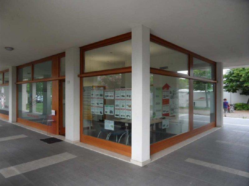 Negozio / Locale in vendita a Montegrotto Terme, 9999 locali, prezzo € 132.000 | CambioCasa.it