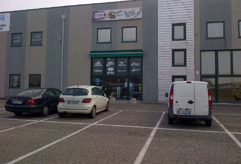 Immobile Commerciale in vendita a Porto Viro, 1 locali, prezzo € 183.000 | CambioCasa.it