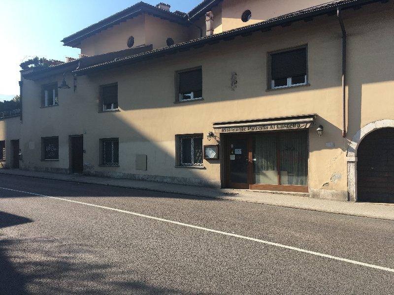 Negozio / Locale in vendita a Trento, 9999 locali, prezzo € 240.000 | CambioCasa.it