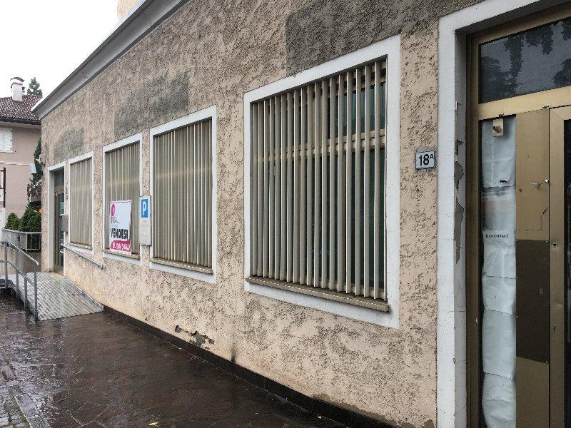 Immobile Commerciale in vendita a Merano, 9999 locali, prezzo € 800.000 | CambioCasa.it