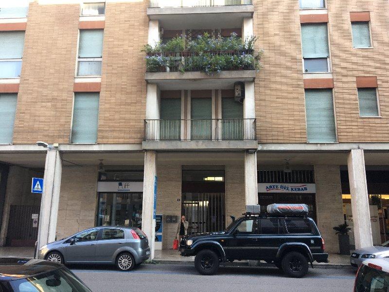 Ufficio / Studio in vendita a Schio, 9999 locali, prezzo € 163.000 | CambioCasa.it