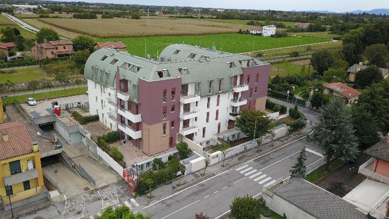 Appartamento in vendita a Monticello Conte Otto, 3 locali, zona Zona: Cavazzale, prezzo € 100.000 | CambioCasa.it