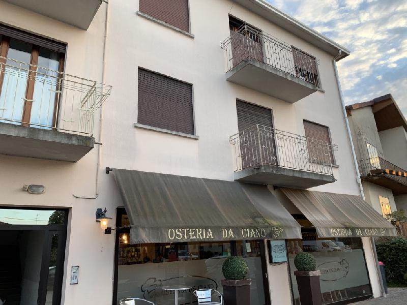 Appartamento in vendita a Fiesso d'Artico, 7 locali, prezzo € 58.000   CambioCasa.it
